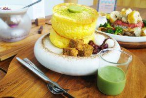 台南美食-成真咖啡正興店 創意夢幻的舒芙蕾鬆餅與咖啡