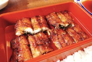 福岡博多排隊很久的吉塚鰻魚飯。福岡吉塚なぎ屋
