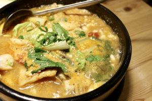 【台北大安 | 韓式料理】韓食控必吃!Woodid우리韓式餐廳,平價美食超高cp值,還有柴犬店長歡迎你!
